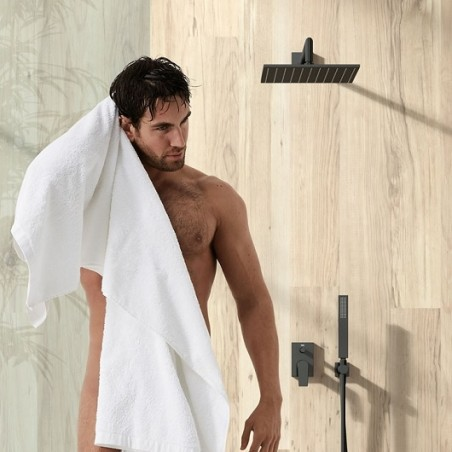 Potinkinis dušo maišytuvas. juodos spalvos